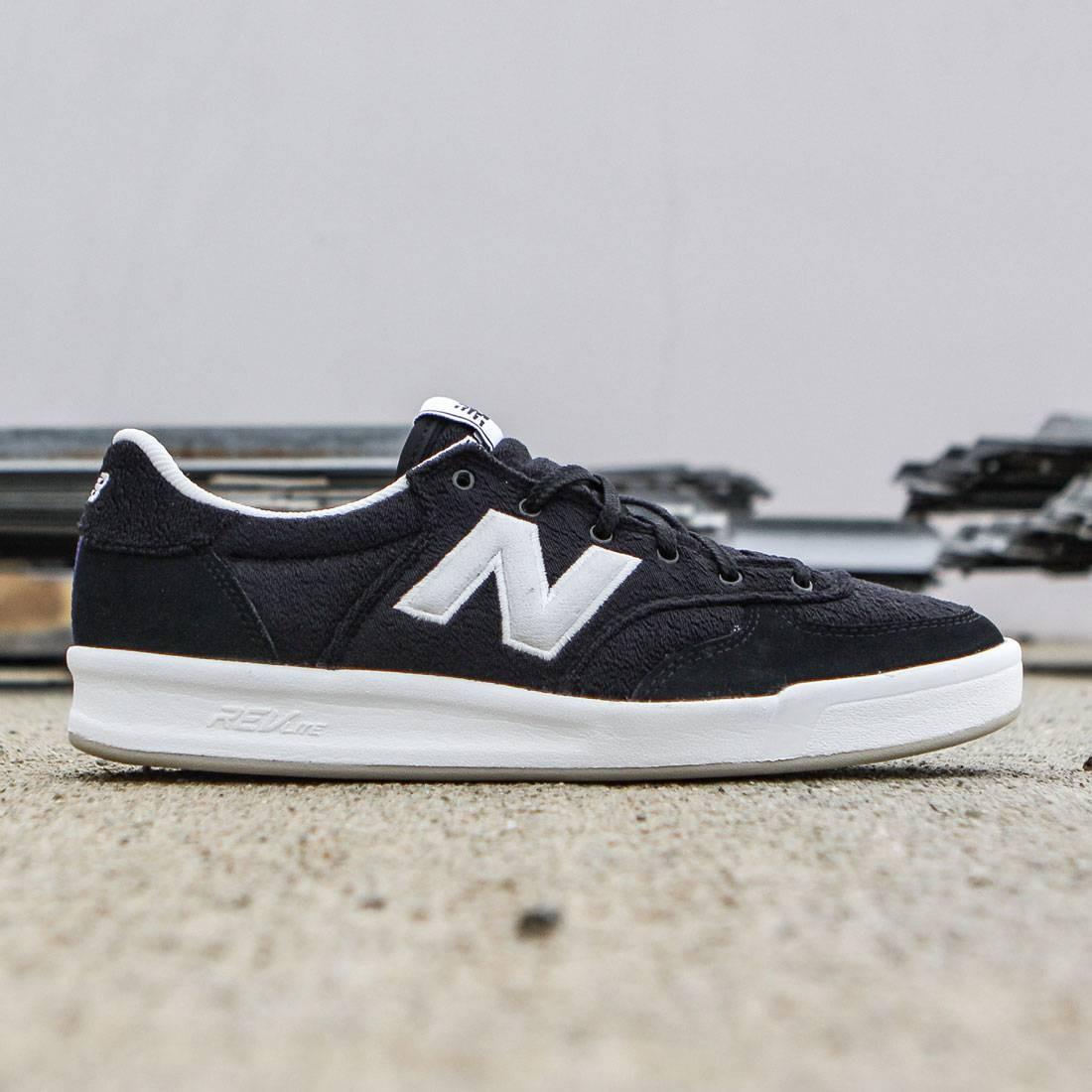 new balance 300 black and white