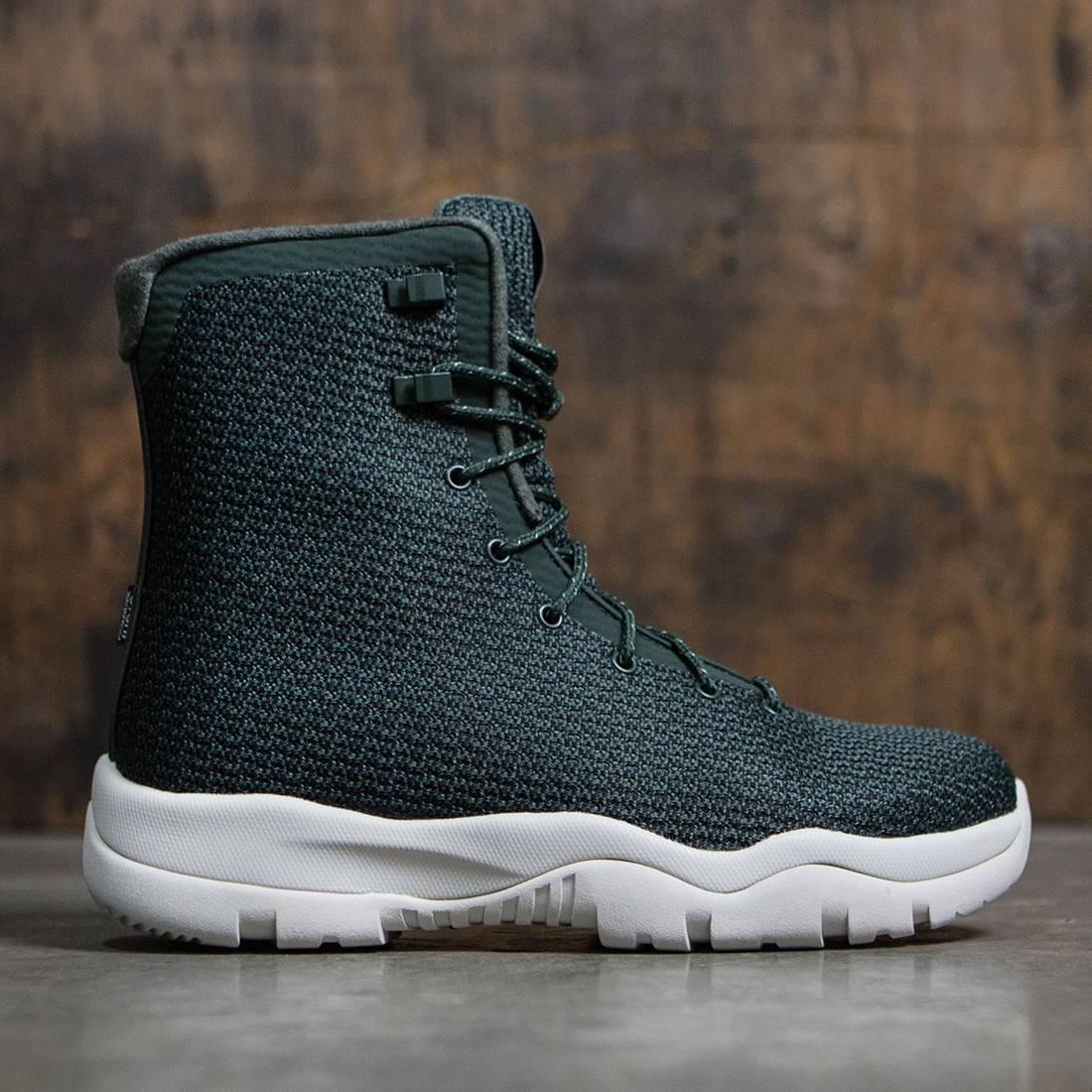 Jordan Future Boots Grove Green/Light Bone/Grove Green