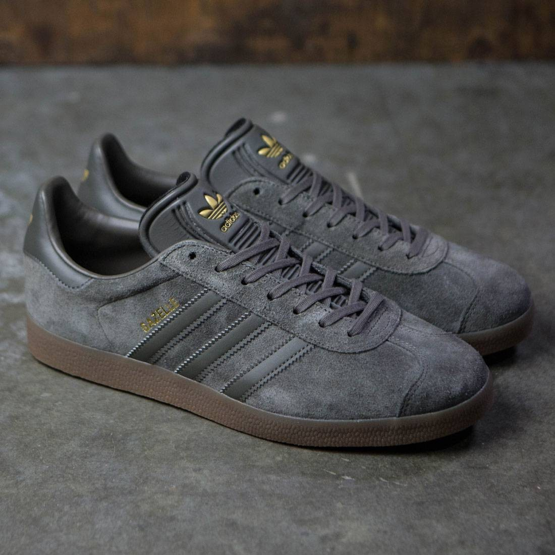adidas mens gazelle brown