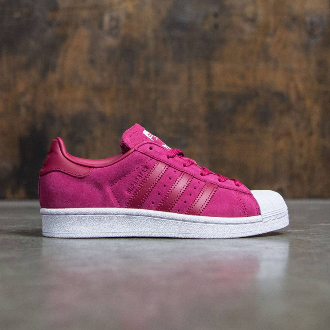 Adidas Women Superstar...Q Street Fighter 4