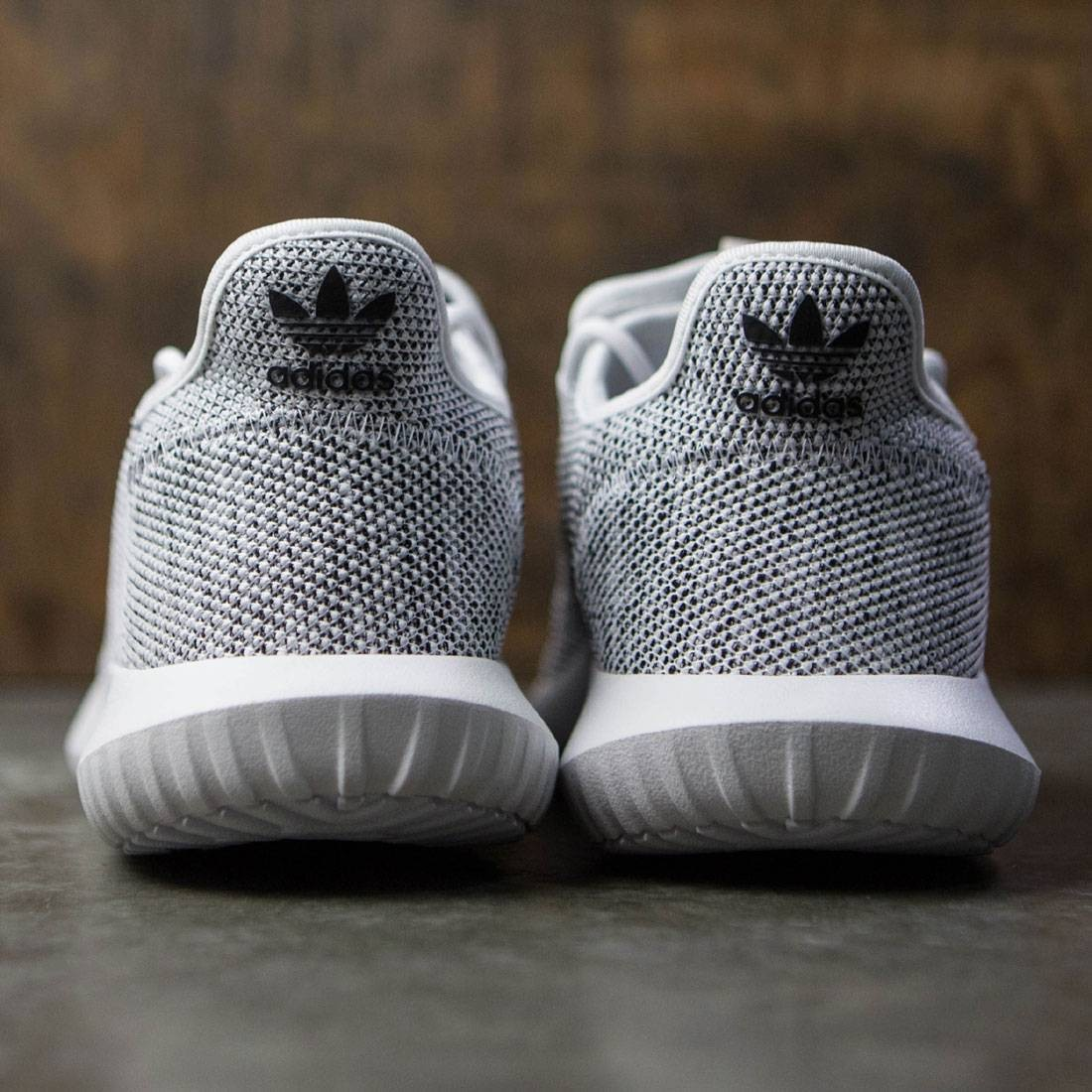 ef5157ad5d2d What s More Comfy Adidas Yeezy 350 V2 vs Nike VaporMax Flyknit