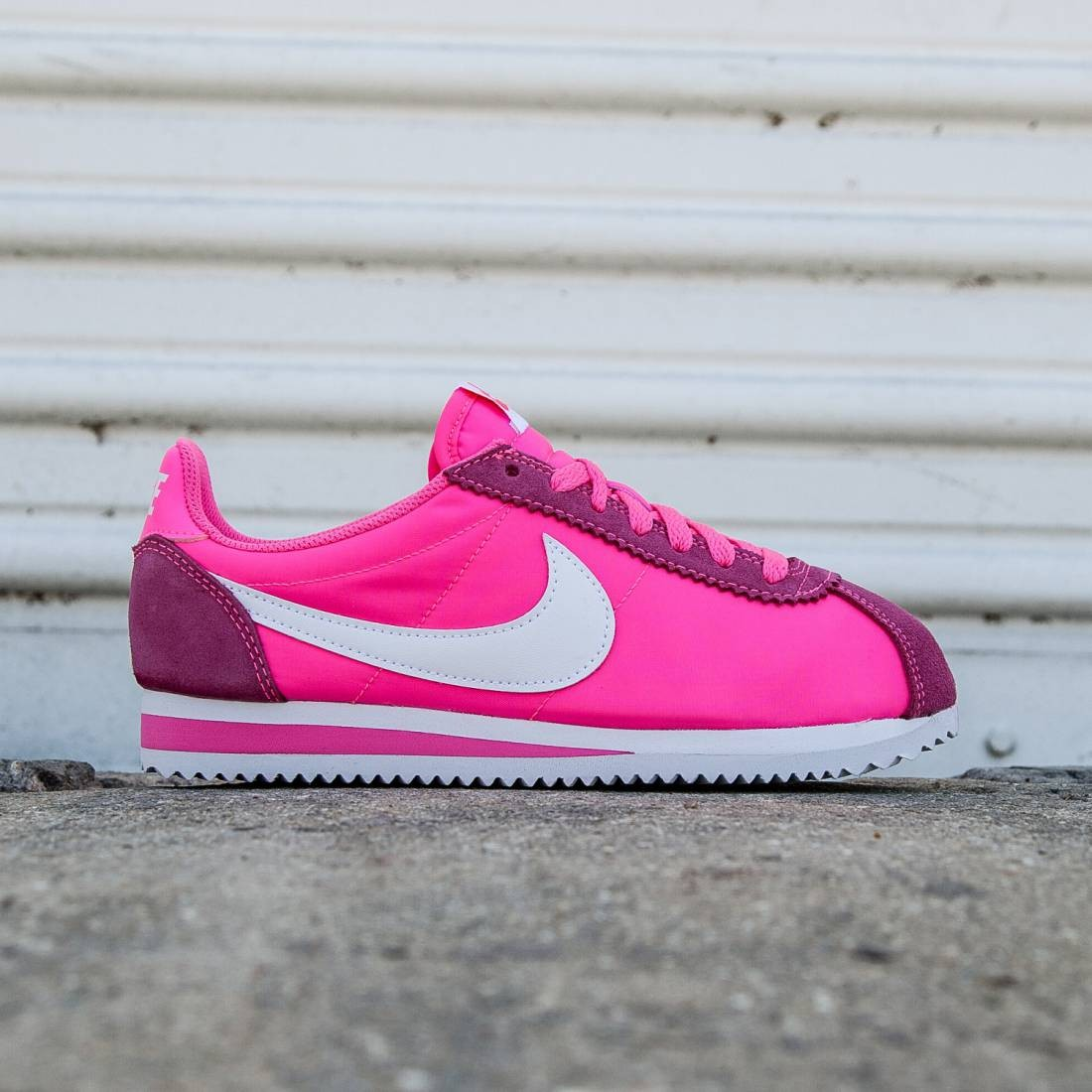 4962031b2bb Buy pink nike cortez shoes   up to 31% Discounts
