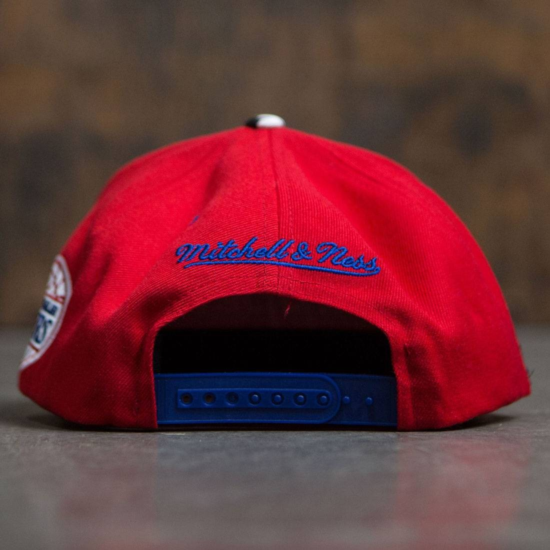 BAIT x NBA x Mitchell And Ness Los Angeles Clippers STA3 Wool Snapback Cap red royalBAIT x NBA x Mitchell And Ness Los Angeles Clippers STA3 Wool Snapback Cap (red / royal) - 웹