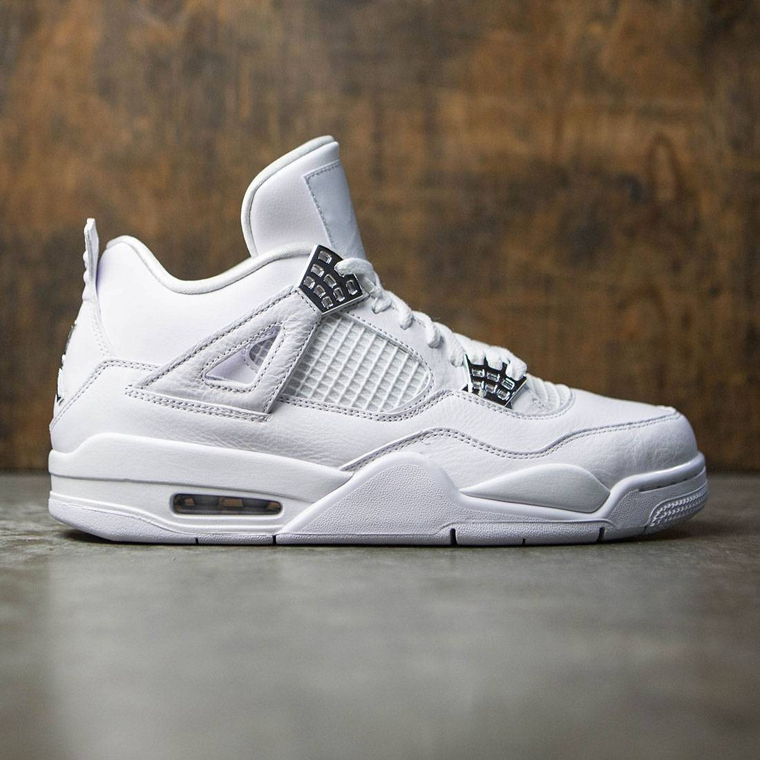 White Retro: Jordan Men Air Jordan 4 Retro White Metallic Silver Pure