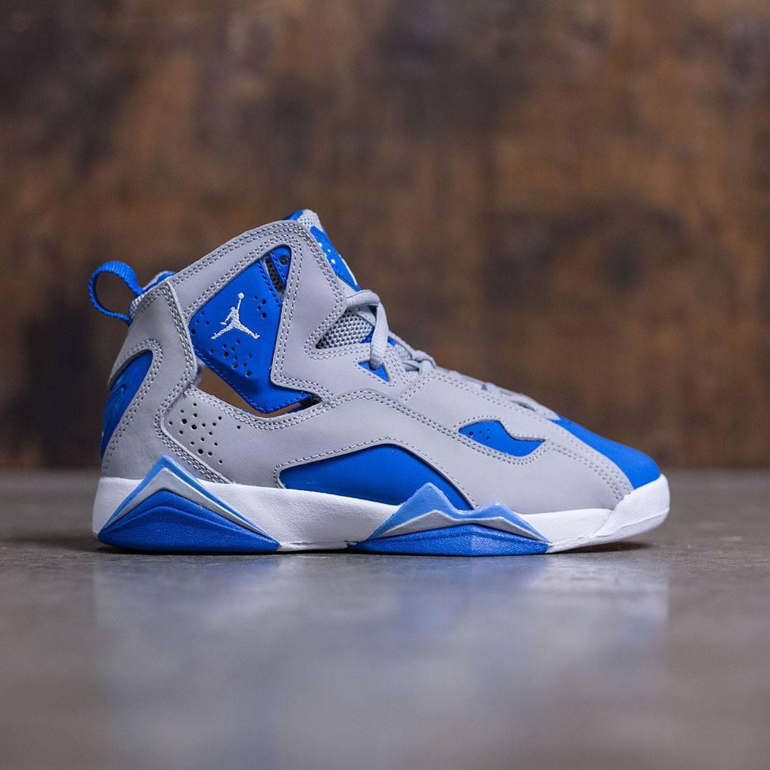 0b78a7861e7151 jordan true flight grey and blue