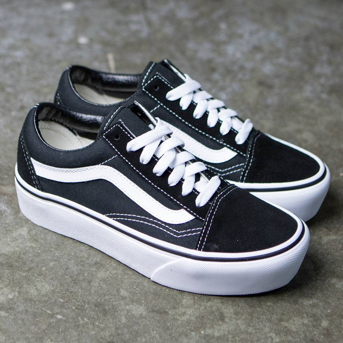 Vans Women Old Skool Platform Black White
