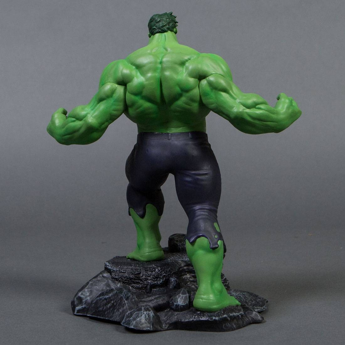 Diamond Select Toys Marvel Gallery Hulk Pvc Figure Green