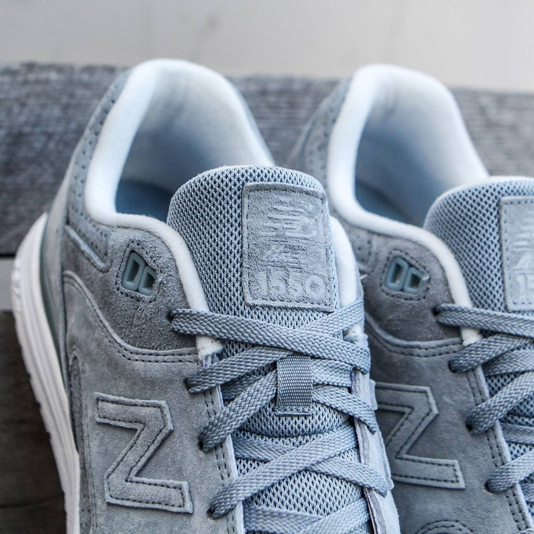 new balance 1550 mens Silver sale > OFF79% Discounts