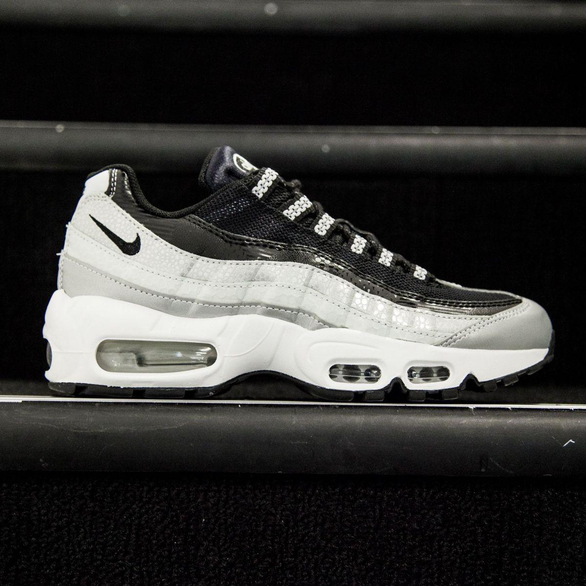 57de6e3d51 ... premium qs Nike Women Air Max 95 Anniversary QS (silver metallic  platinum black white) ...