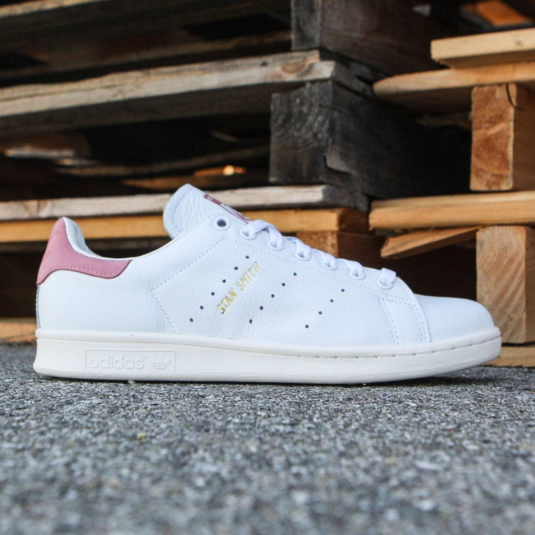 adidas men stan smith white ray pink. Black Bedroom Furniture Sets. Home Design Ideas