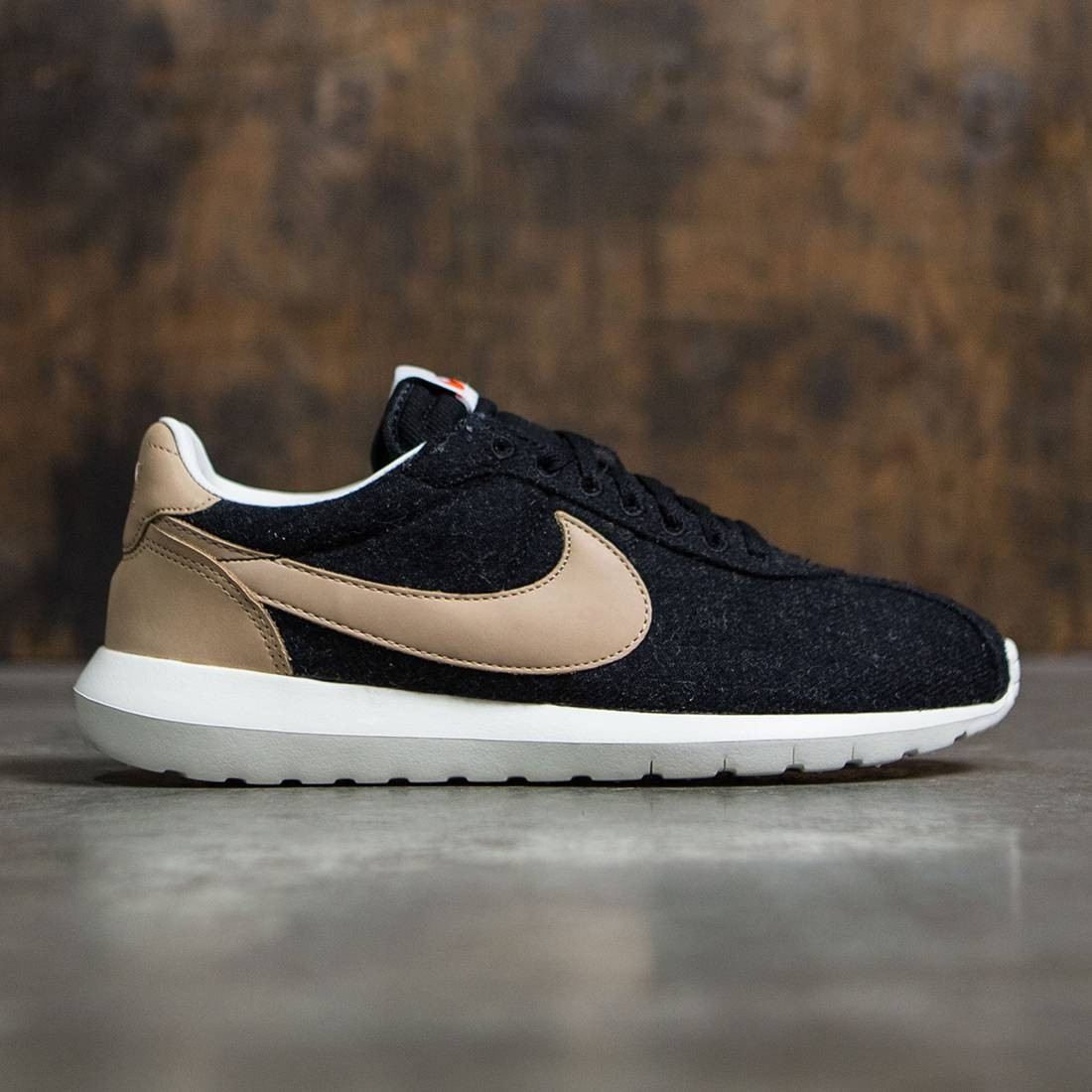promo code 301b4 c0aa4 ... Nike Men Roshe Ld-1000 (black vachetta tan-sail-safety oran ...