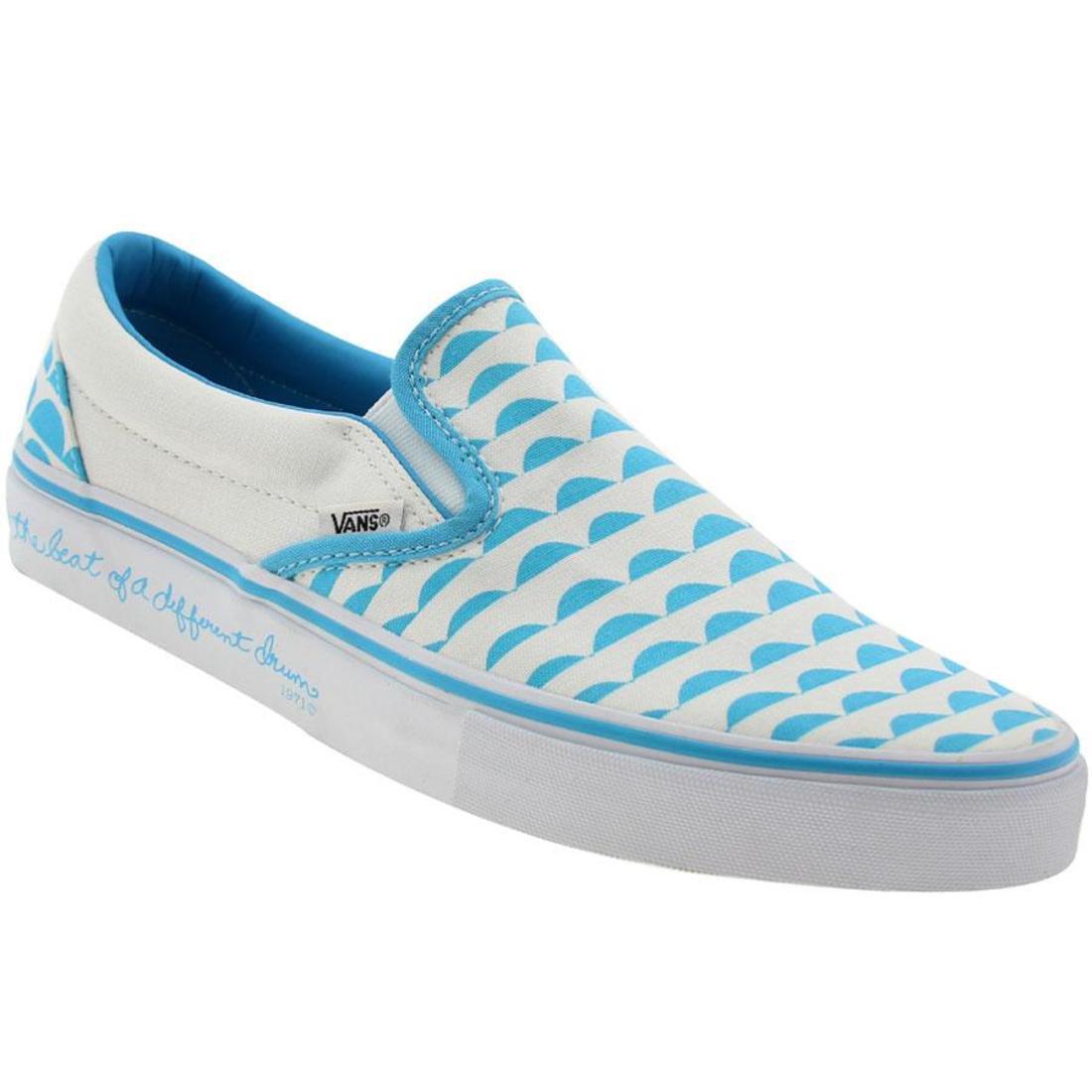 4736dd6bd36676 Vans Classic Slip-On LX - Galinsky Waves (aquarius   t white) 3 3 of 7 ...